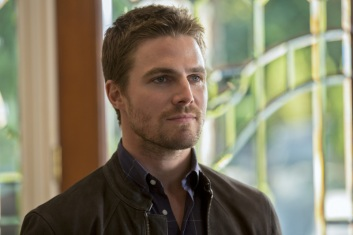 Oliver_Queen_Stephen_Amell-28
